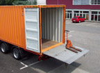 Containertransport mit Hebebühne-Chassis