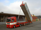 Containertransport mit Kipp-Chassis